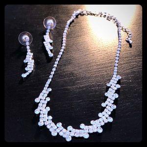 Brand new formal wear jewelry set.